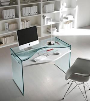 Kancelarijski-stolovi-od-stakla